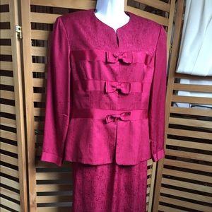 Women's Silk Suit 2Pcs Skirt Set Size 12P Party 🎉